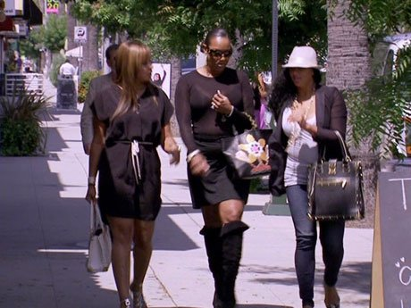 Jackie and Laura are on a mission to get Imani a man!