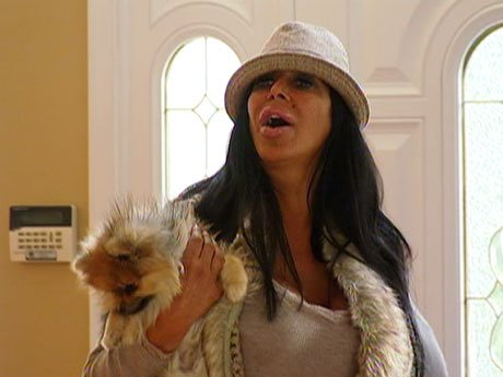 Big Ang falls in love with a Big House!