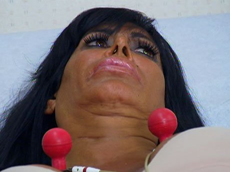 Big Ang goes to the cardiologist.