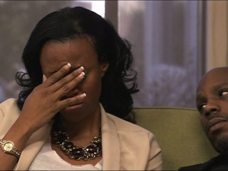 Tashera breaks down after Dr. Jenn makes her recall her painful past.