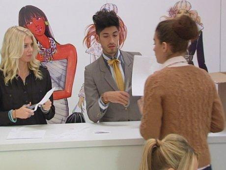 Nicole is not happy with Daniel's performance.