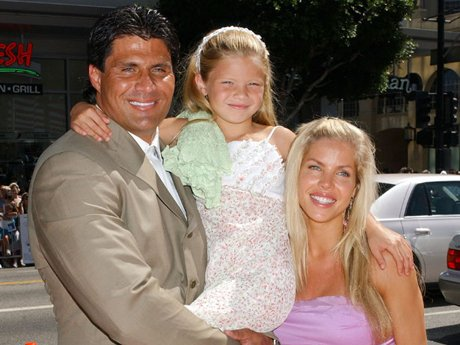 Jose Canseco, daughter Josie and Jessica Canseco in July of 2004. [Photo: Getty Images]