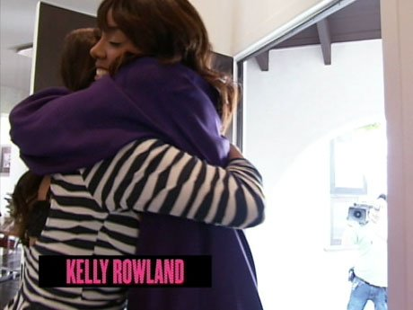 Hugs all around! La La meets with good friend Kelly Rowland to grab lunch.