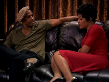 Joseline tries to talk to Stevie about the baby.