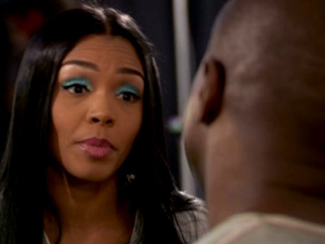 Rasheeda is late to the shoot, but she's trying to do it all.
