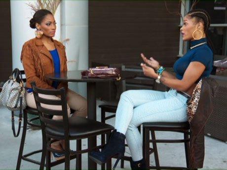 Joseline tries to apologize to Erica.