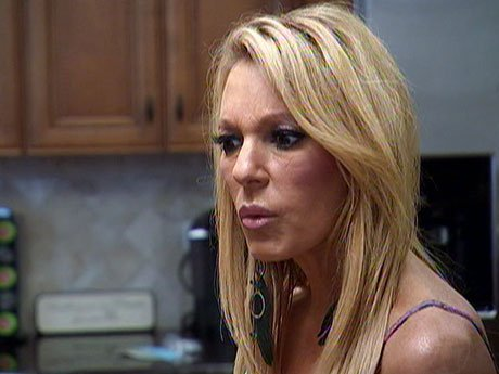 Renee gets annoyed when she learns that Nora will be at the cancer walk as well.