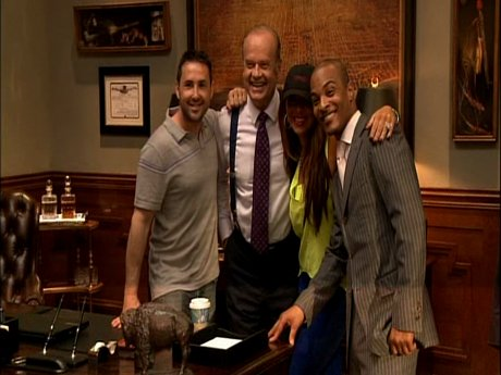The Harris family gets a pic with Kelsey Grammer.