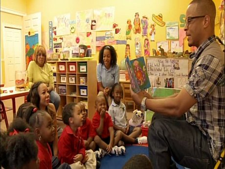 T.I. reads to Major's class - what a great dad!