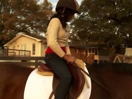 Deyjah finally decides to get on that horse.