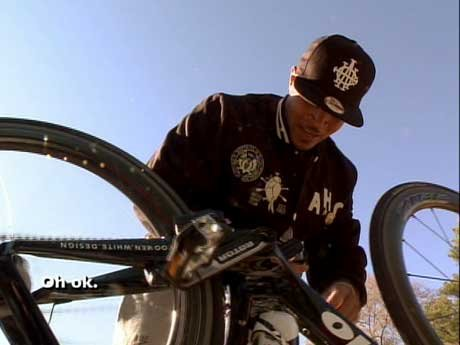 T.I.'s chain breaks, so he decides to fix it the old school way.