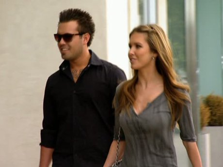 Audrina and Mark go shopping and decide to take a trip to Vegas.