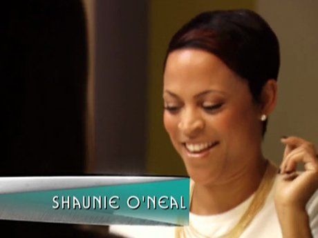 Elgin meets up with Shaunie O'neal who encourages him to open up a salon in Miami.