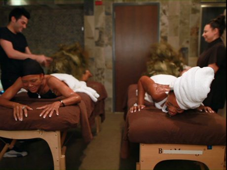 Yandy and Mama Jones have a very holistic massage date.
