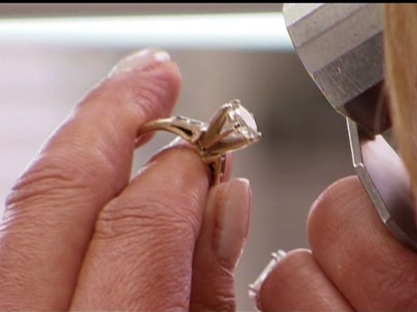 Drita's ring is worth over $100,000! She's cashing in.