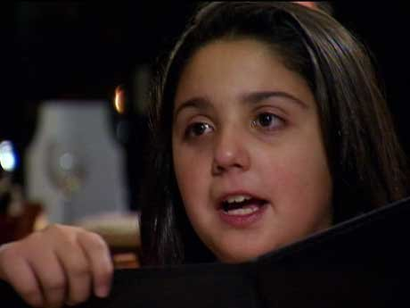 Melina went to visit Ramona's boyfriend in jail.