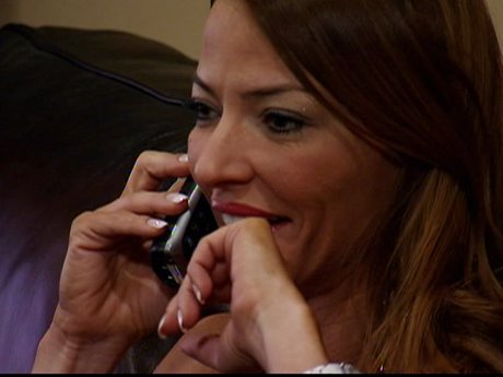 Drita tells Lee she is jumping back into the dating world.