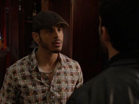 Omar and Derek have a serious talk about their relationship and realize they don't want to rush into things.