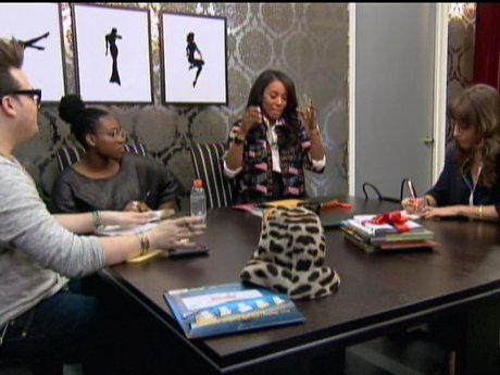 The group gets together to see how they can make Shanna come across as more business savvy.