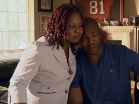 T.O.'s mother comforts him during this difficult time for him.