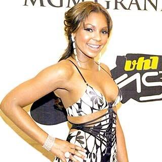 """""""Break Up 2 Make Up"""" singer Ashanti arrives. credit: Frank Micelotta/Getty Images"""