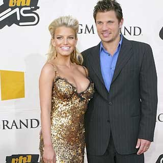 Singers Jessica Simpson and Nick Lachey take our breath away. credit: Mark Mainz/Getty Images