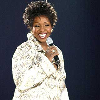 Grammy winner Gladys Knight performs. credit: John Shearer/vh1.com