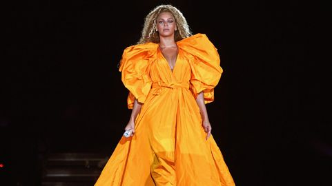 af9ccc7c28 Beyoncé Dismissed Those New Pregnancy Rumors By Saying She Loves Her FUPA  in VOGUE Cover Story