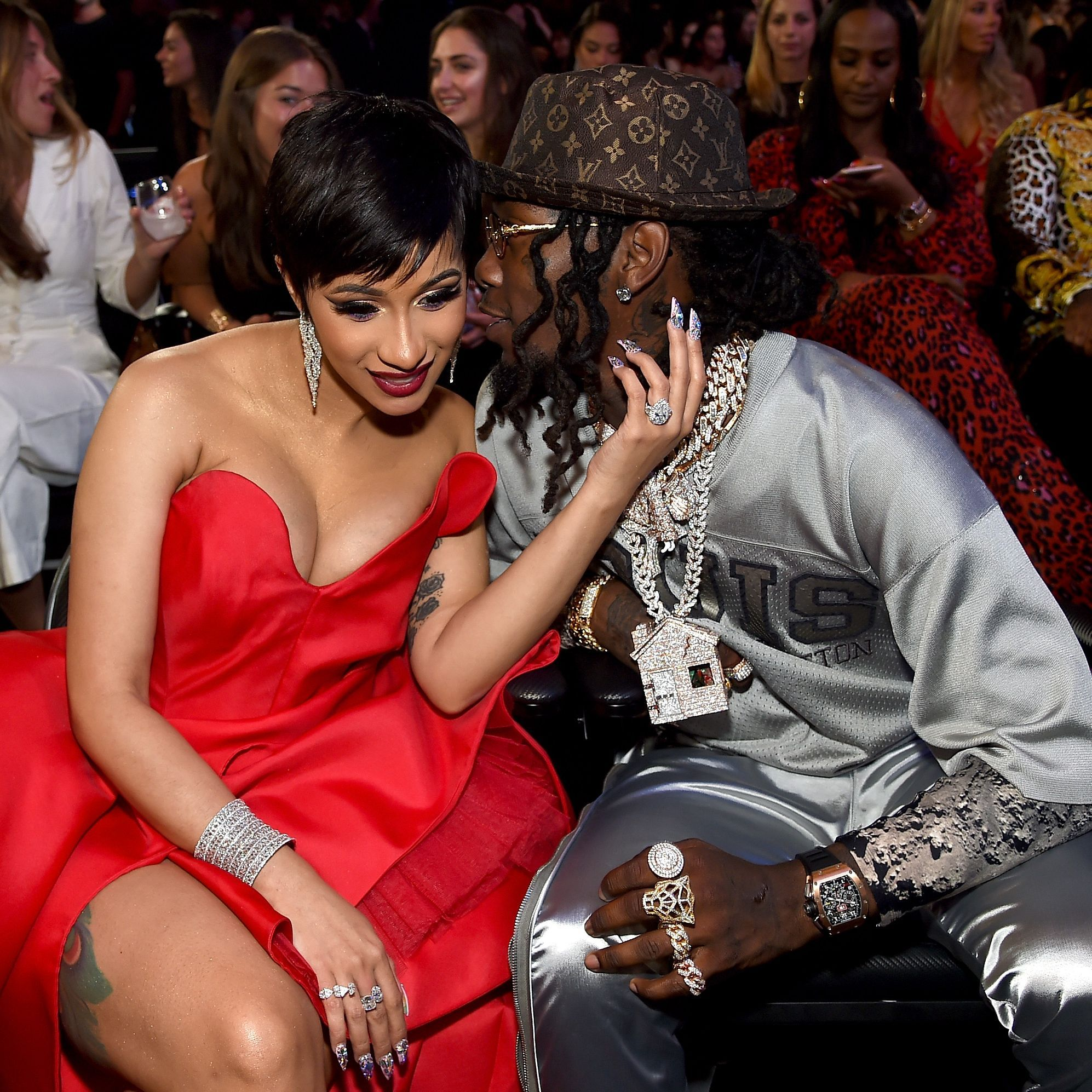 New Mom On The Loose Cardi B Had A Lit Mom S Night Out At The