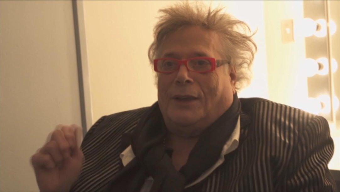 22358dd36ee9e Mountain Frontman Leslie West Explains That Epic Cowbell Count Off In