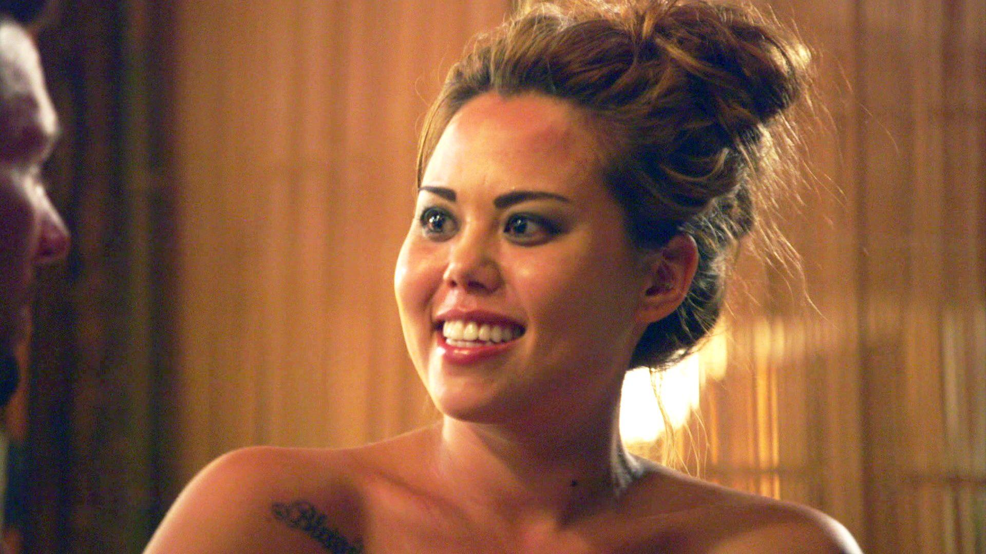 Mariah Naked
