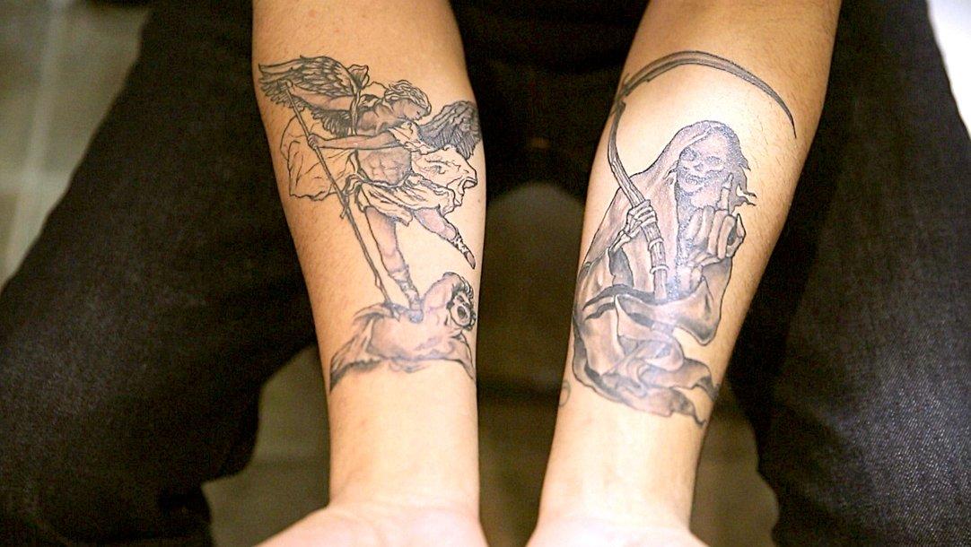 ce9af9447 Angel + Grim Reaper Tattoo - Black Ink Crew (Video Clip) | VH1