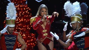 Divas Holiday: Unsilent Night Videos