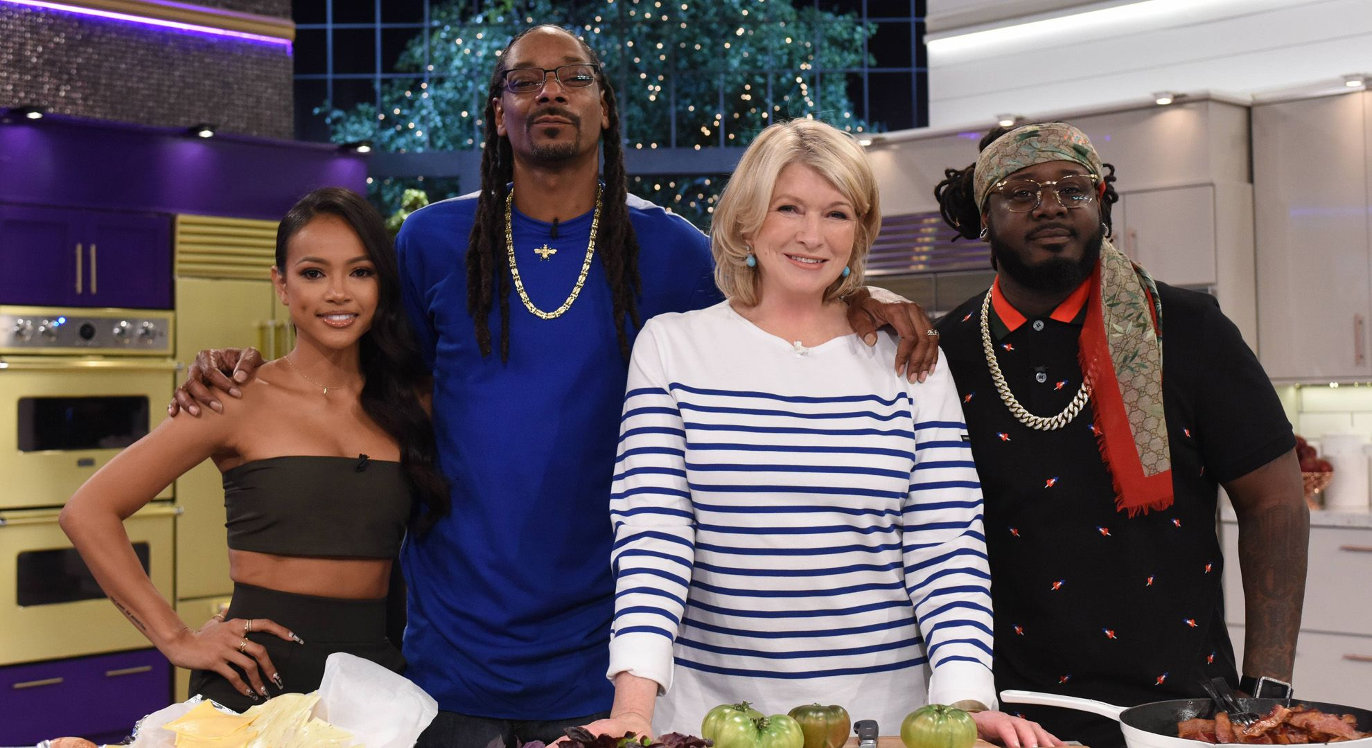 Martha & Snoop's Potluck Party Challenge - Stackin' My Bread | VH1