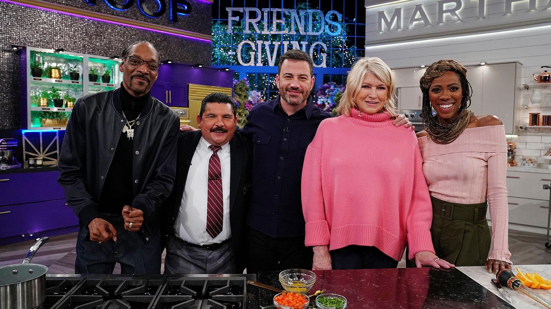 Martha & Snoop's Potluck Party Challenge - #Friendsgiving Face-Off   VH1