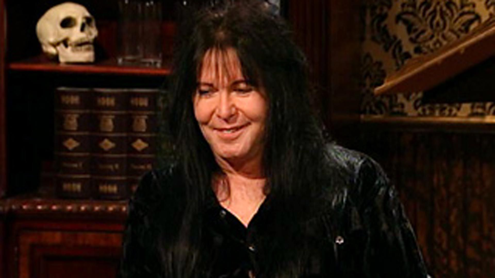 that metal show news full episode s3 e5 blackie lawless vh1. Black Bedroom Furniture Sets. Home Design Ideas