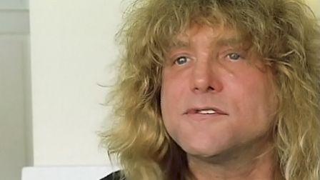 Stevenu0027s Hotel Room   Celebrity Rehab With Dr. Drew (Video Clip) | VH1