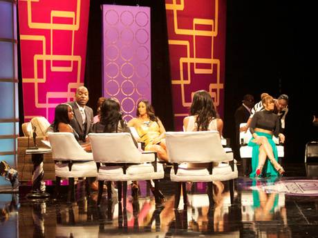 /mobile/vh1_mobilepreview/flipbooks/Shows/Basketball_Wives_4/bbw_reunion_backstage/onstage1_1337715110.jpg