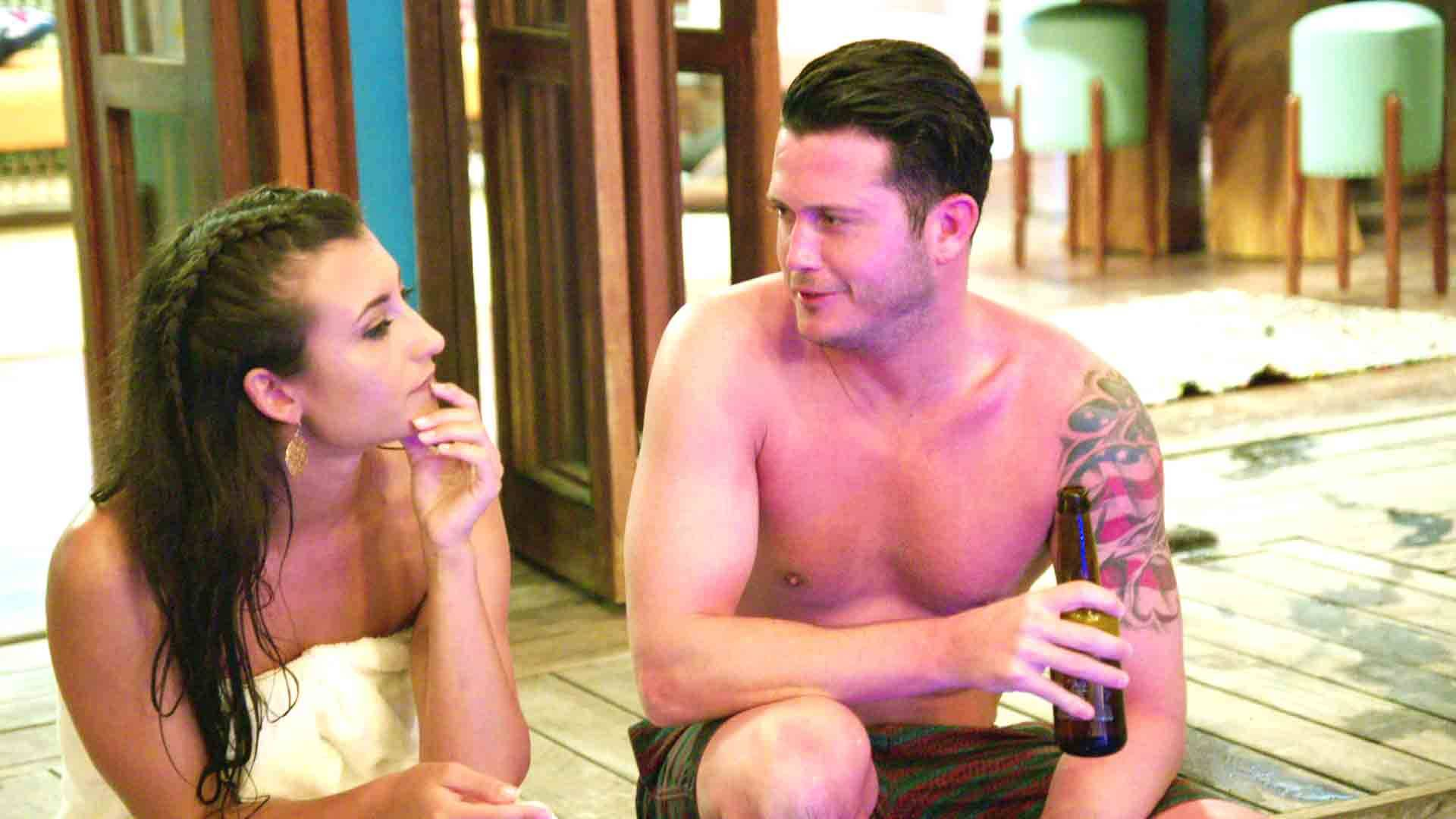 VH1 orders up Naked Dating series