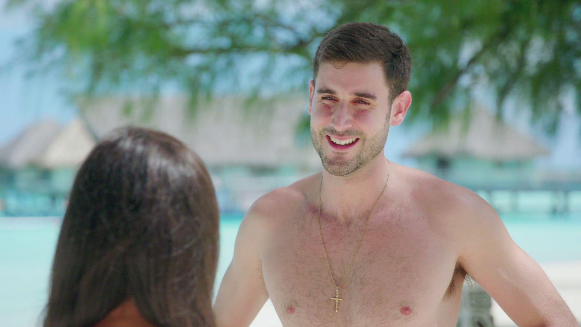 Sneak Peek - Natalie And David Hit It Off - Dating Naked  Vh1-2448